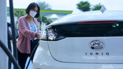 Mulai 2022, Indonesia Bisa Bikin 1.000 Mobil Listrik Per Tahun!
