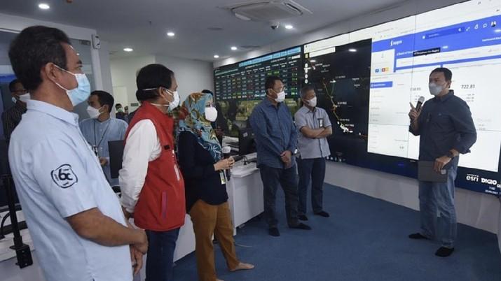 Ahok mengunjungi Command Center Pertamina untuk memastikan data Pertamina dari hulu ke hilir terintegrasi optimal. (IG: basukibtp)