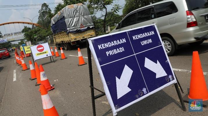 Pos penyekatan mudik di Cikokol, Tangerang. (CNBC Indonesia/Andrean Kristianto)