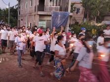 Ada Rush Money! ATM di Myanmar Pada Kosong, Warga Antre Parah