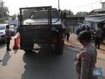 Brimob Bersenjata & Barracuda Kawal Penyekatan Kedungwaringin