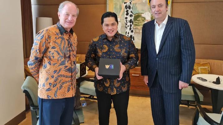 Menteri  BUMN Erick bertemu dengan salah satu founder Dufry, Luis Andres N Holzer.