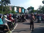 Ribuan Orang Sambangi Ancol, Antrean Mengular Panjang