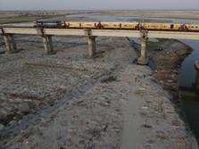 Ketika Sungai Suci Gangga Dipenuhi Korban Corona India
