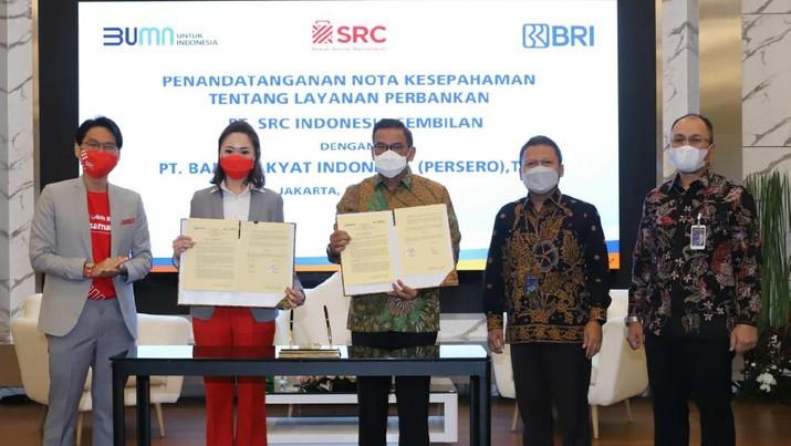 BRI kembali menginisiasi kerja sama layanan perbankan dengan PT SRC Indonesia Sembilan (SRCIS) untuk pengembangan toko kelontong sebagai bagian dari usaha mikro kecil dan menengah (UMKM) Indonesia.
