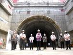 2 Proyek Pamungkas Jokowi: LRT Rp 23 T, Kereta Cepat Rp 80 T