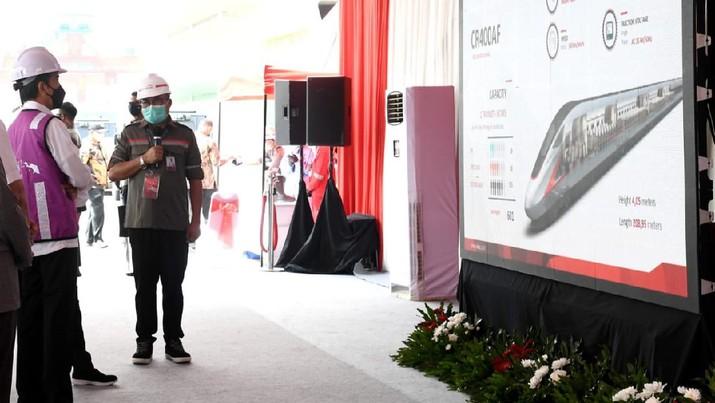 Presiden Joko Widodo Meninjau Proyek Casting Yard #1  Kereta Cepat Jakarta - Bandung, Kabupaten Bekasi (Biro Pers Sekretariat Presiden/ Kris)