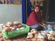 Modal Kredit BRI, Wanita Ini Sukses Bisnis Keripik di Nabire