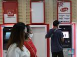 OJK Perpanjang Restrukturisasi Kredit, Saham Bank Malah Loyo!