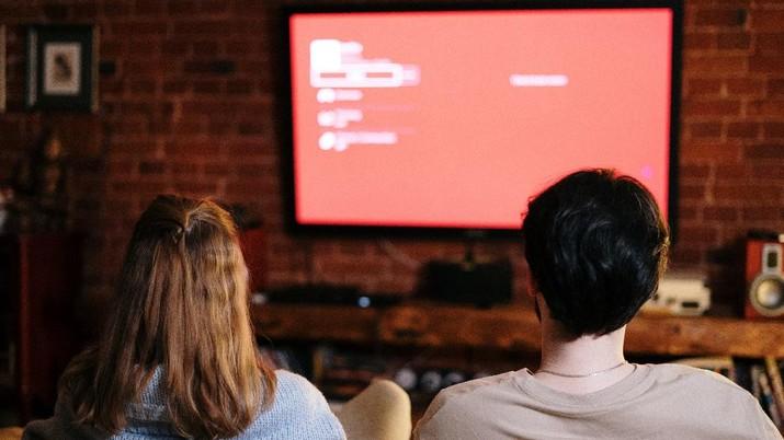 Ilustrasi menonton tv (Cottonbro via Pexels)