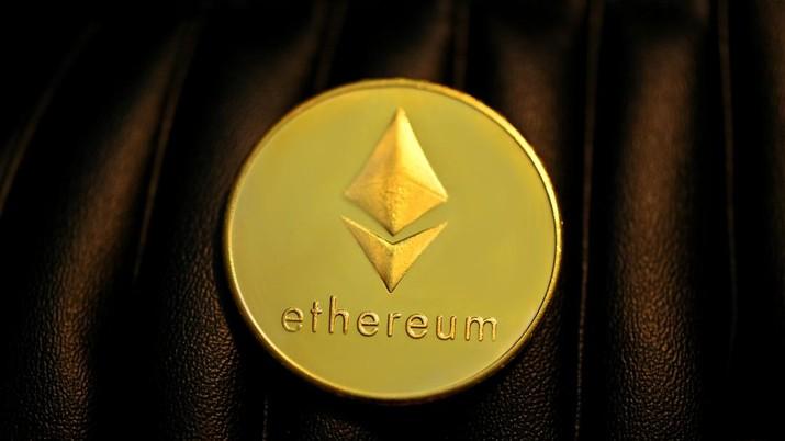 Ilustrasi Ethereum (Photo by Executium on Unsplash)