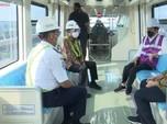 Naik LRT Jabodebek, Ini Dia Perasaan Bahagia Jokowi!