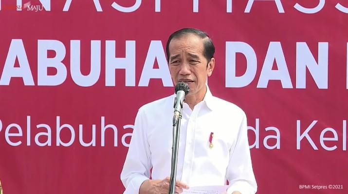 Presiden Joko Widodo Meninjau Vaksinasi Covid-19, Pelabuhan Sunda Kelapa, Jakarta, 10 Juni 2021 (Tangkapan Layar Youtube Sekretariat Presiden)