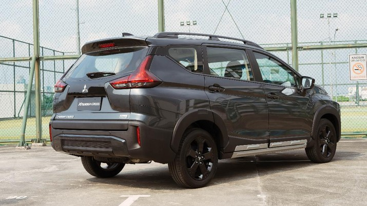 Mitsubishi Xpander Cross Rockford Fosgate Black Edition  (Dok. Mitsubishi Motors Krama Yudha Sales Indonesia (MMKSI))