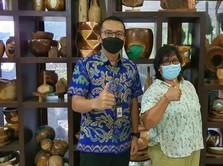 Cerita Sukses UMKM, Bawa Kerajinan Kayu di Bali Mendunia