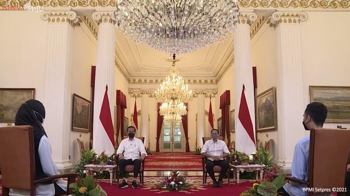 Bincang Bersama Presiden Jokowi dalam rangka Festival Kampus Merdeka, Jakarta, Selasa (15/6/2021). (Tangkapan layar Setres RI)