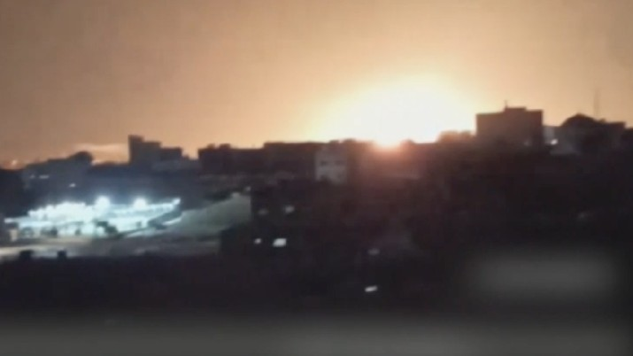 Israel melancarkan serangan udara di Gaza, pertama sejak gencatan senjata dengan Hamas. (Dok: Tangkapan layar Aljazeera)