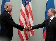 Tanpa Pakai Masker, Joe Biden Salaman dengan Vladimir Putin