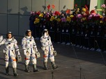 Bikin Geleng! Astronot China ke Luar Angkasa, Ini Komentarnya