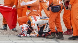 Sujud Syukur dan Derai Air Mata Marquez di MotoGP Jerman
