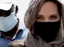 Angelina Jolie Unggah Surat dari Wanita Afghanistan