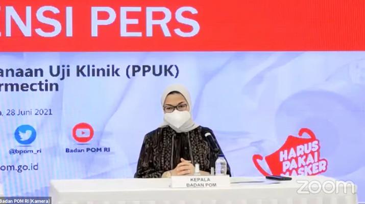 Kepala Badan Pengawas Obat dan Makanan (BPOM), Penny K. Lukito saat Konferensi Pers tentang Persetujuan Pelaksanaan Uji Klinik (PPUK) Ivermectin. (Tangkapan Layar Youtube Badan POM RI)