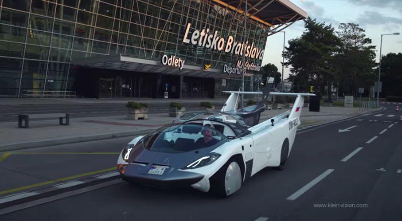 Mobil Terbang buatan Slovakia 'Lulus' Uji Coba