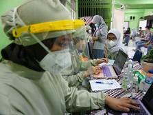 PPKM Darurat Jawa-Bali Ganggu Vaksinasi Covid-19?