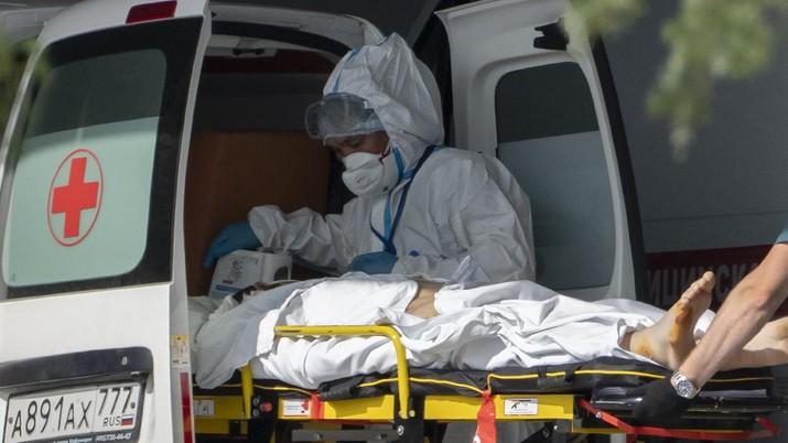 Pandemi covid di Rusia. (AP/Pavel Golovkin)