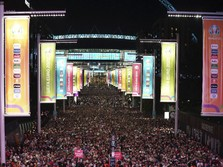 Lautan Manusia di London, Inggris Pesta Lolos Final Euro 2020