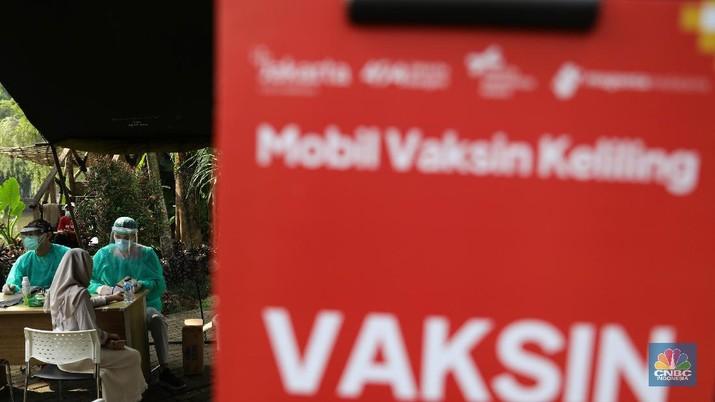Ilustrasi mobil vaksin keliling. (CNBC Indonesia/Muhammad Sabki)