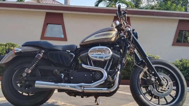 Harley Davidson roadster 1200cc 2004 dual disc knalpot super trap dijual Rp 145.000.000. (Olx via jual jual)