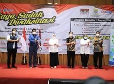 Menaker Ida Tinjau Vaksinasi Kedua Bagi Pekerja Ritel Bandung