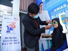 Cerita Santri Tangerang Raih Bantuan Kacamata Gratis dari BRI