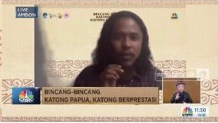 Sebagai mahasiswa Papua yang hidup di tanah rantau, Yudas mengalami serangkaian proses