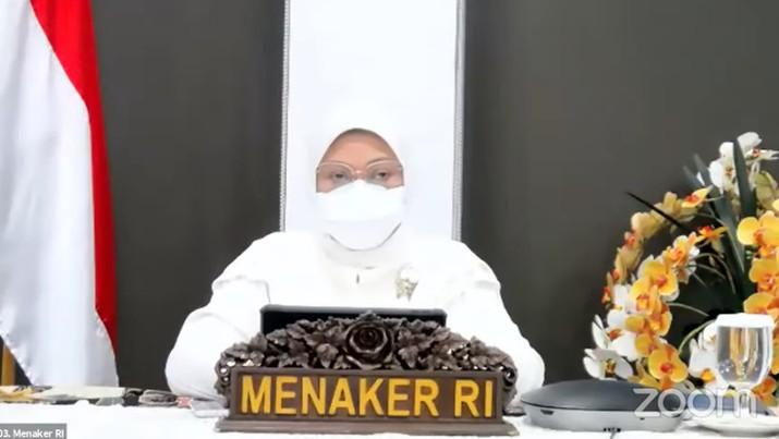 Menteri Tenaga Kerja, Ida Fauziyah Saat Konferensi Pers Tindak Lanjut terkait Perkembangan Terkini Penerapan PPKM. (Tangkapan Layar Youtube PerekonomianRI)