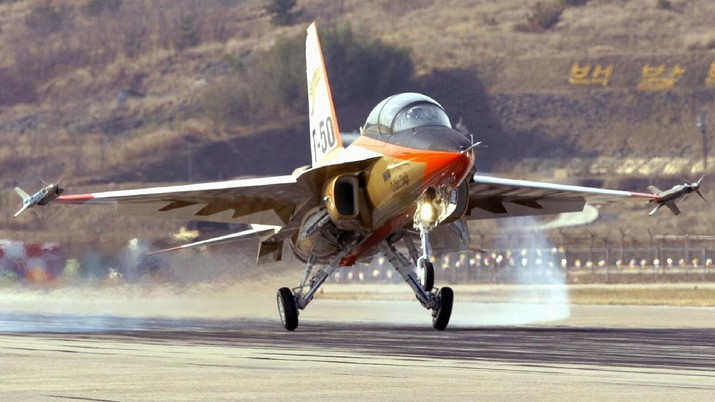 A T-50 Golden Eagle, South Korea's first supersonic aircraft, lands after a test flight by Lee Han-Ho, South Korea Air Force's Chief of the Staff, at Sacheon air force base on Wednesday, Jan. 5, 2005 , some 430 Kilometers (267 miles) south of Seoul, South Korea. The T-50 is the culmination of five years of development and millions of dollars of investment by the Korean Air Force and Korea Aerospace Industrie (KAI), hoping the newcomer will capture a quarter of the global market for jet trainers. The trainer, which has a top speed of Mach 1.5 or one and a half times faster than the speed of sound, is as agile as the U.S.-built F-16 fighter bomber and capable of carrying 13,454 kilograms (29,666 pounds) of load. The jet, which can easily be transformed to serve in a combat role, is 9.45-meter (372-inch) wide and 4.91-meter (193-inch) high. (AP Photo/Kim Jae-hwan, Pool)