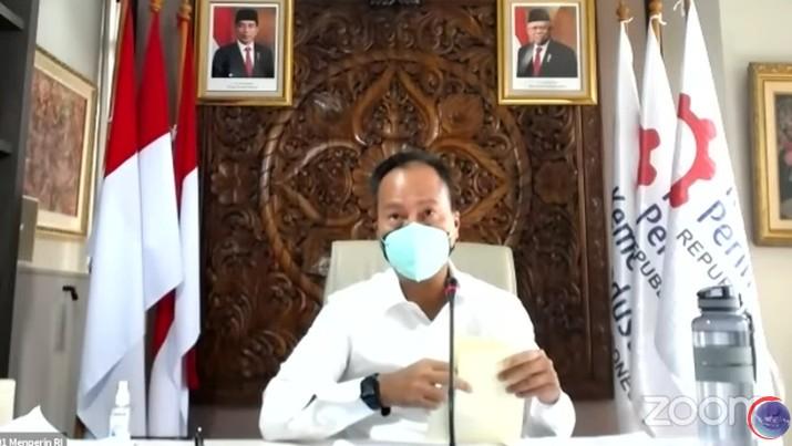 Menteri Perindustrian RI, Agus Gumiwang (Tangkapan Layar Youtube Kemenko Bidang Kemaritiman dan Investasi RI)
