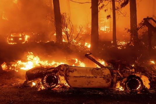 Penampakan Kebakaran Dahsyat di California Amerika Serikat