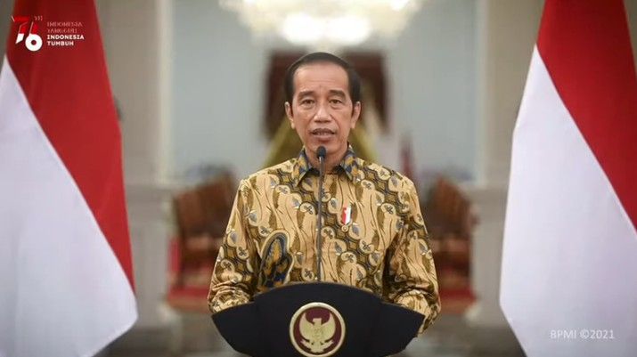 Pernyataan Presiden Jokowi tentang Perkembangan Terkini PPKM Darurat, Istana Merdeka, 25 Juli 2021. (Tangkapan Layar Youtube Sekretariat Presiden)