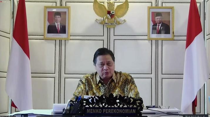Keterangan pers menteri terkait ratas mengenai pinjaman kredit usaha rakyat pertanian, Senin (26/7/2021). Ist