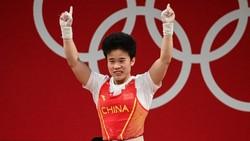 Olimpiade Tokyo: Kedubes China Ngamuk soal Foto Jelek Peraih Emasnya