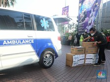 Momen Penyerahan Ambulans CT ARSA Foundation ke Salam Aid