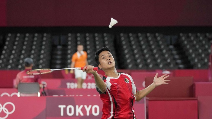 Anthony Ginting di ajang Olimpiade Tokyo 2020. (AP/Dita Alangkara)