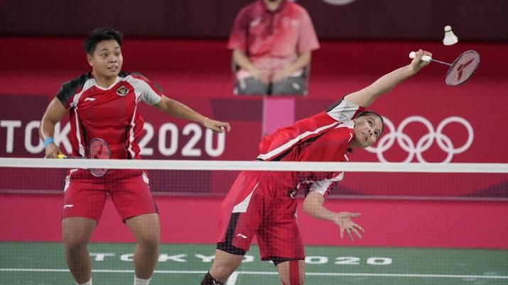 Greysia Polii dan Apriyani Rahayu di ajang Olimpiade Tokyo 2020. (AP/Dita Alangkara)