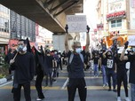 Malaysia Panas, Massa Serba Hitam Demo Desak PM Mundur