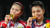 Mengapa Atlet Gigit Medali Emas Olimpiade Tokyo 2020?