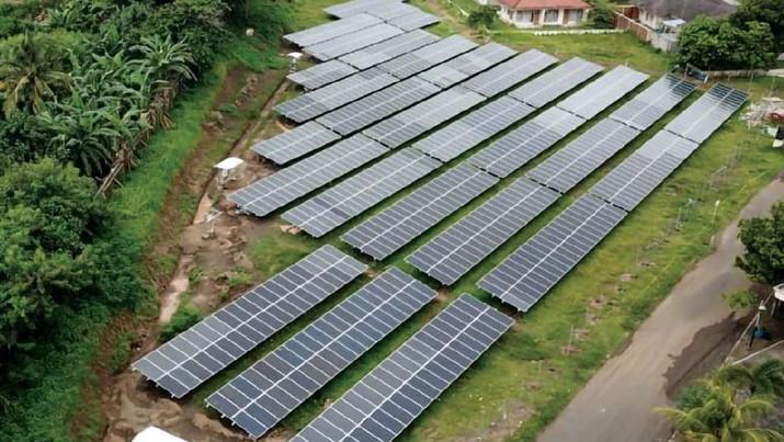Komitmen Transisi Energi, Pertamina Bidik Pemasangan PLTS 500 MW di Area Operasi Pertamina Group, yang Dapat Menurunkan Emisi Karbon 630 Ribu Ton/Tahun (Pertamina)