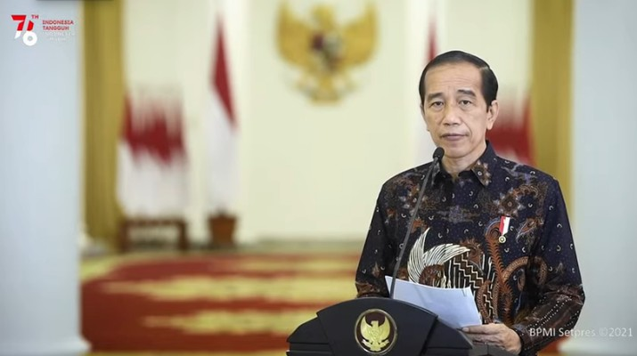 Pernyataan Presiden Joko Widodo terkait Perkembangan Terkini PPKM, Senin (2/8/2021). (Tangkapan Layar Youtube Sekretariat Presiden)