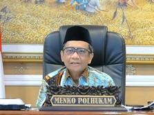 Indonesia 'Banjir' Hoaks soal Vaksin, Ini Respons Mahfud MD